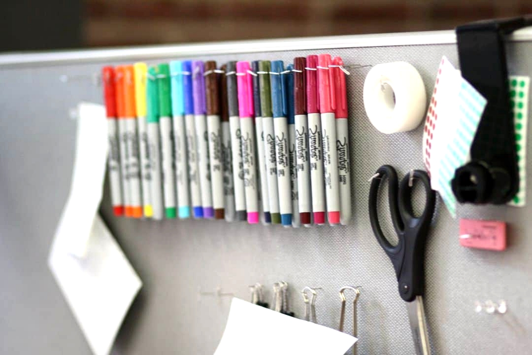 Everyday-office-accessories-can-be-turned-into-art