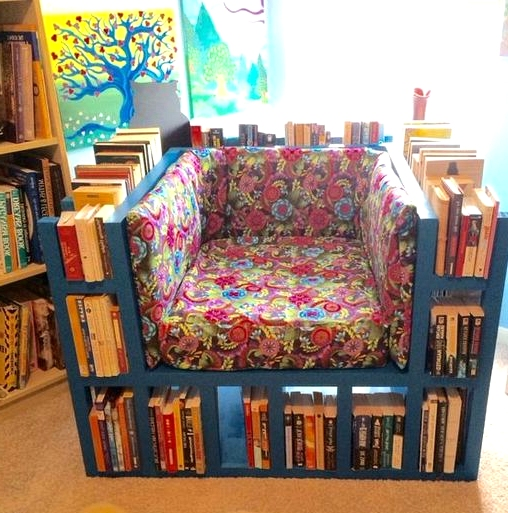 build a neat pallet bookshelf chair