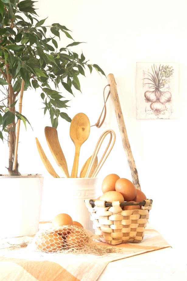 Farmer Baskets on the Kitchen Island