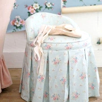 A Cute Little Shabby Chic Chair