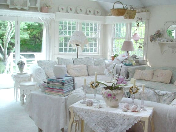 A Shabby Chic Country Living Room