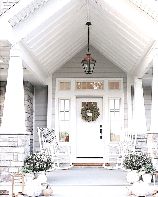 Simple white outdoor fall home decor for your front porch