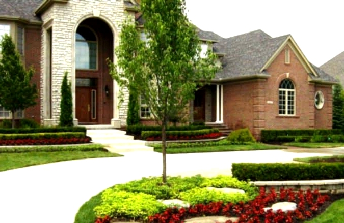 Keep Hedges Manicured and Low Profile