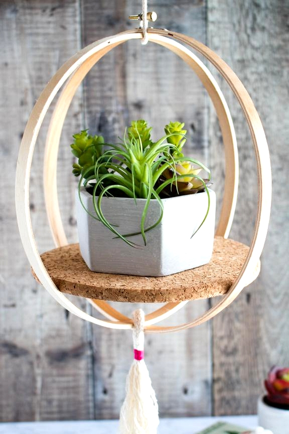 up-cycled Embroidery hoop becomes a hanging shelf