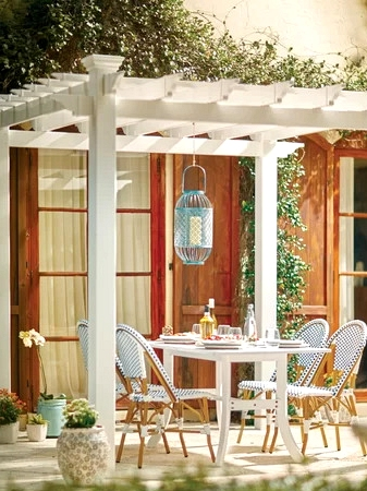 Create a Pergola Dream Palace