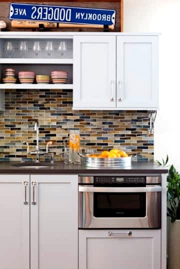 Add Color with a Vibrant Backsplash