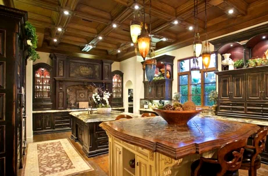Channel Space and Luxury with Tuscan Furnishings