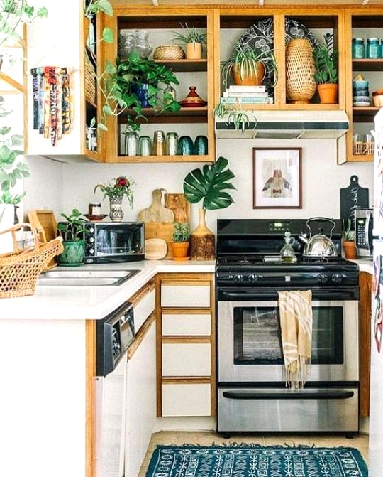 Small kitchens can be beautiful too. Mini boho kitchen inspiration