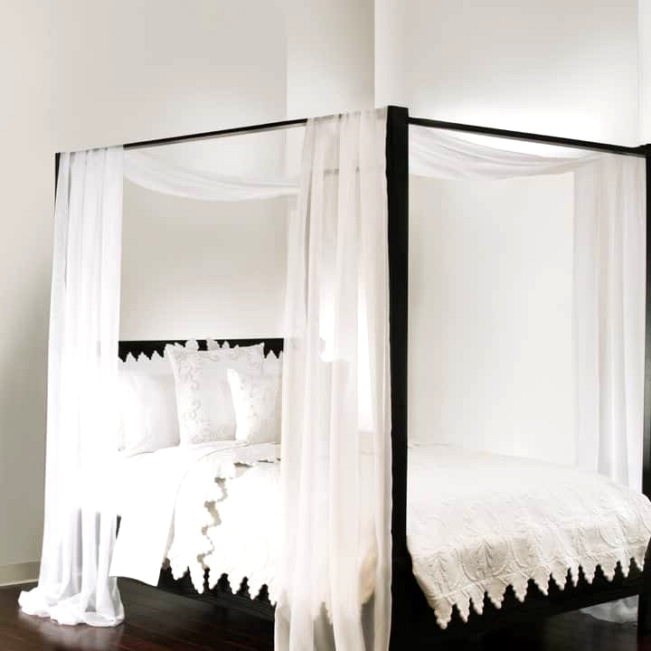 Hanging Bed Curtains