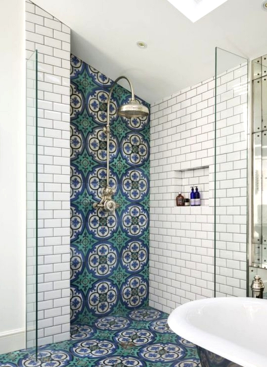 Open Concept bathroom in a colorful en-suite