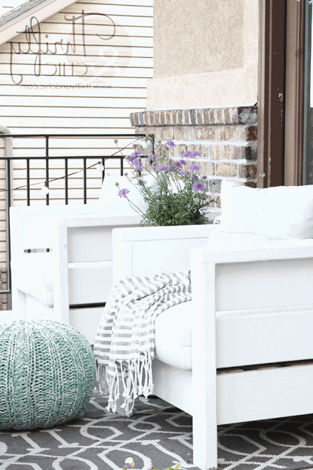 Forget shopping for your backyard furniture at a store, checkout these DIY outdoor armchairs.