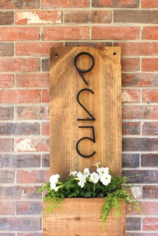 Modern house number DIY to spruce up your yard