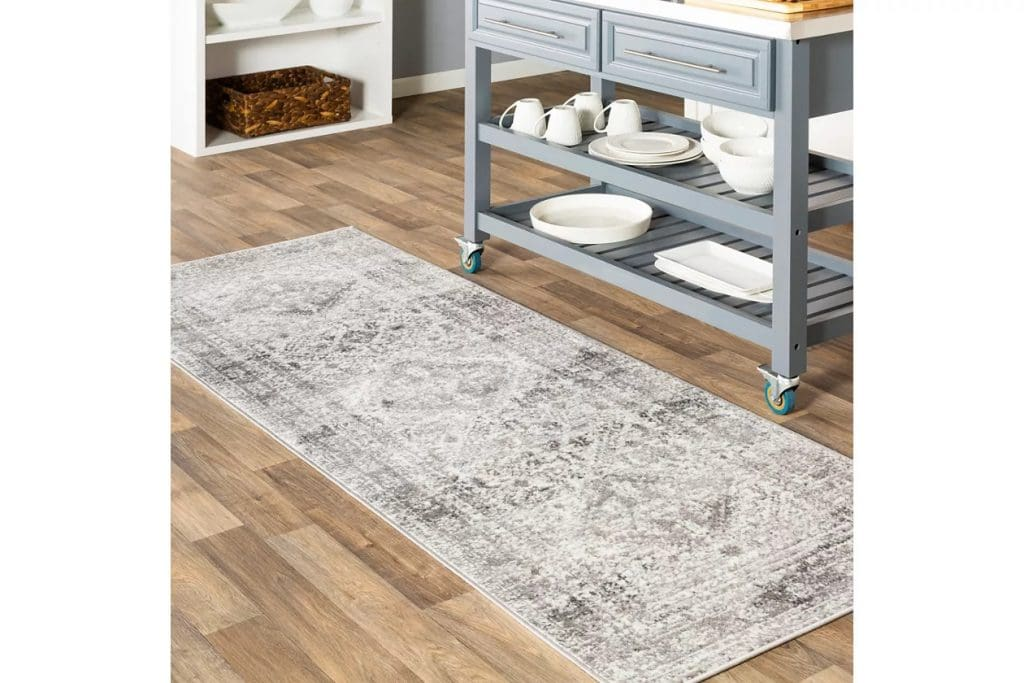 Match a Pale Gray Rug With Wooden Floors