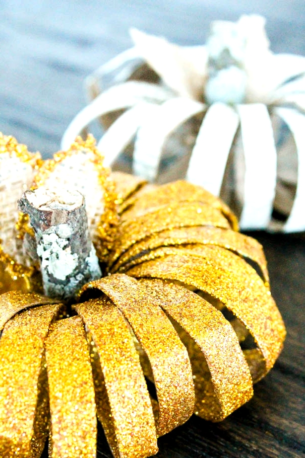16 Creative DIY Pumpkin Decor Ideas From Things Other Than Pumpkins