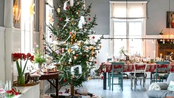 Stunning Christmas in previous mission home in Sweden