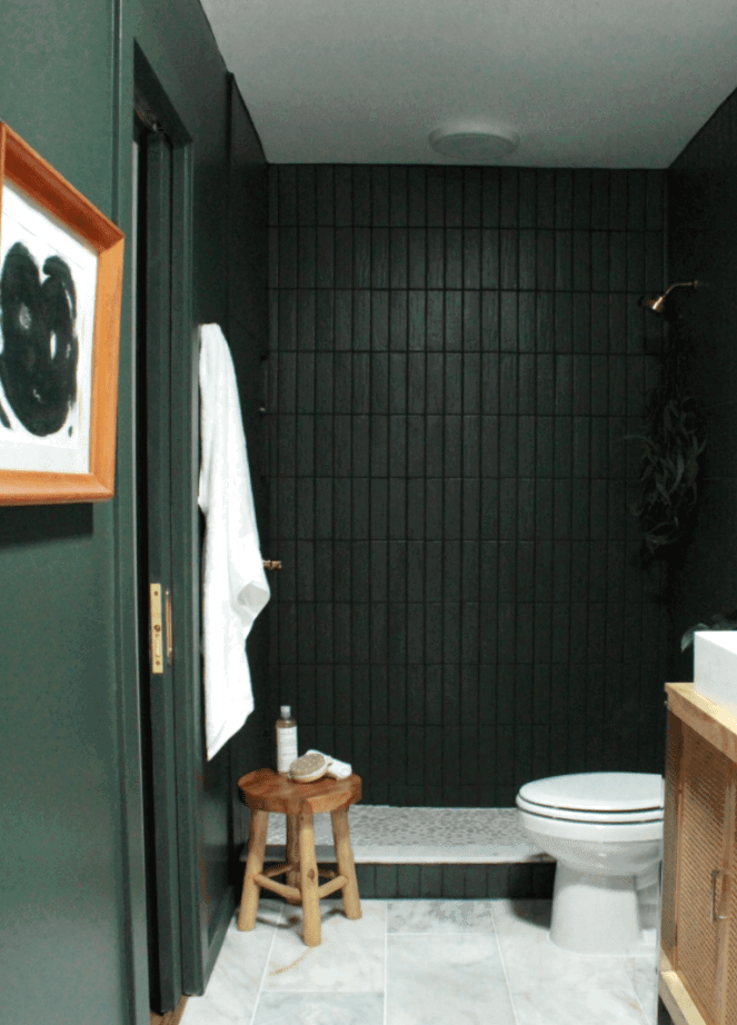 Trendy dark green painted accent wall ideas you'll want to try in your home.