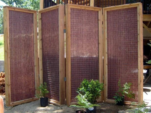 Install Thick Mesh Fabric on a Wooden Frame
