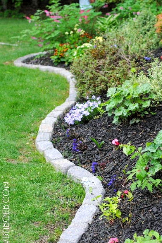 Stay Traditional with Simple Stone Edging