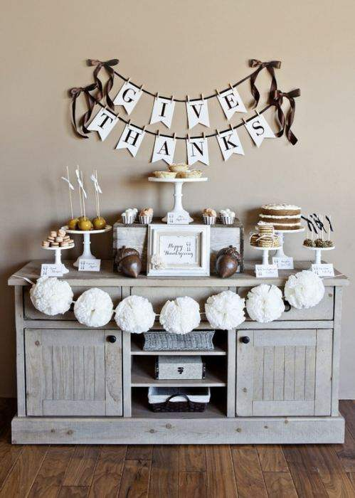 Thanksgiving Decor shelf