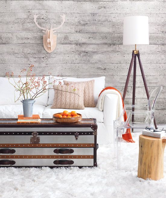 White Country Living Room Decor