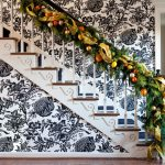 Eclectic staircase design idea for christmas