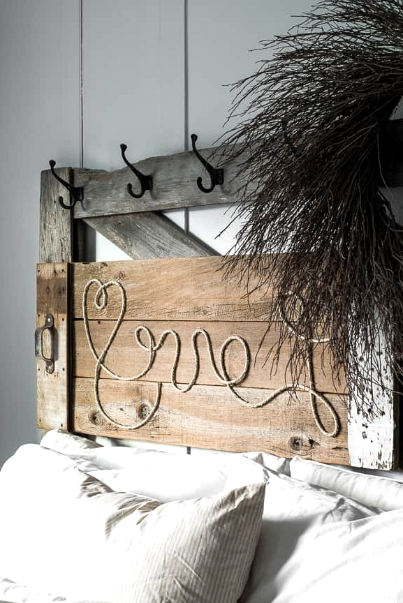 #8. WOODEN HEADBOARD WITH A SPECIALLY DESIGNED ROPE MESSAGE