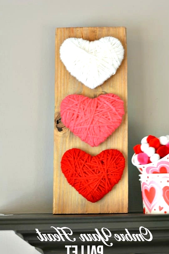 #14. OMBRE YARN HEART WALL ART PALLET