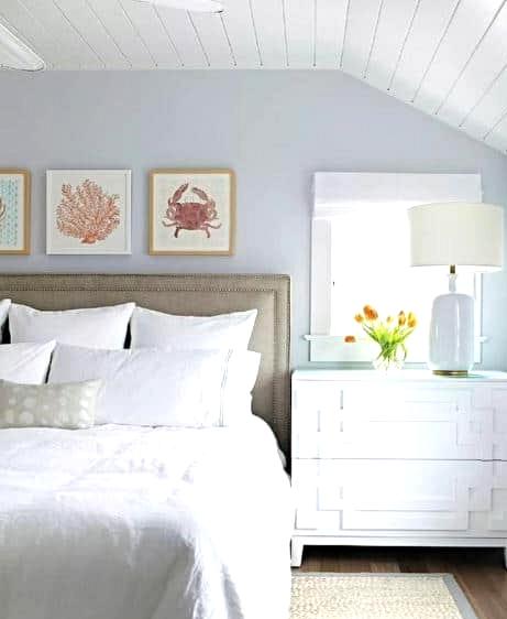 Look For Simple Sea-Inspired Artwork