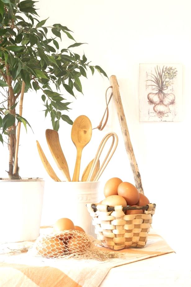 Farmer Baskets on the Kitchen Island