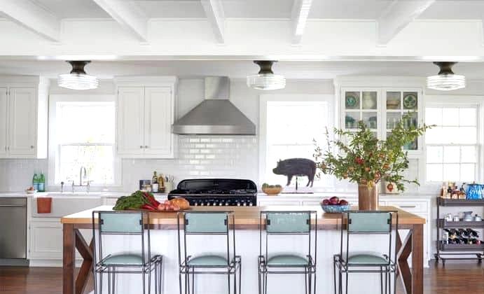 A Modern Farmhouse Kitchen