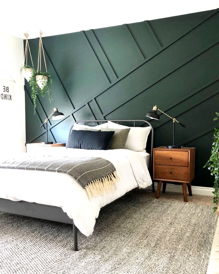 Hunter green 3D geometric feature wall idea