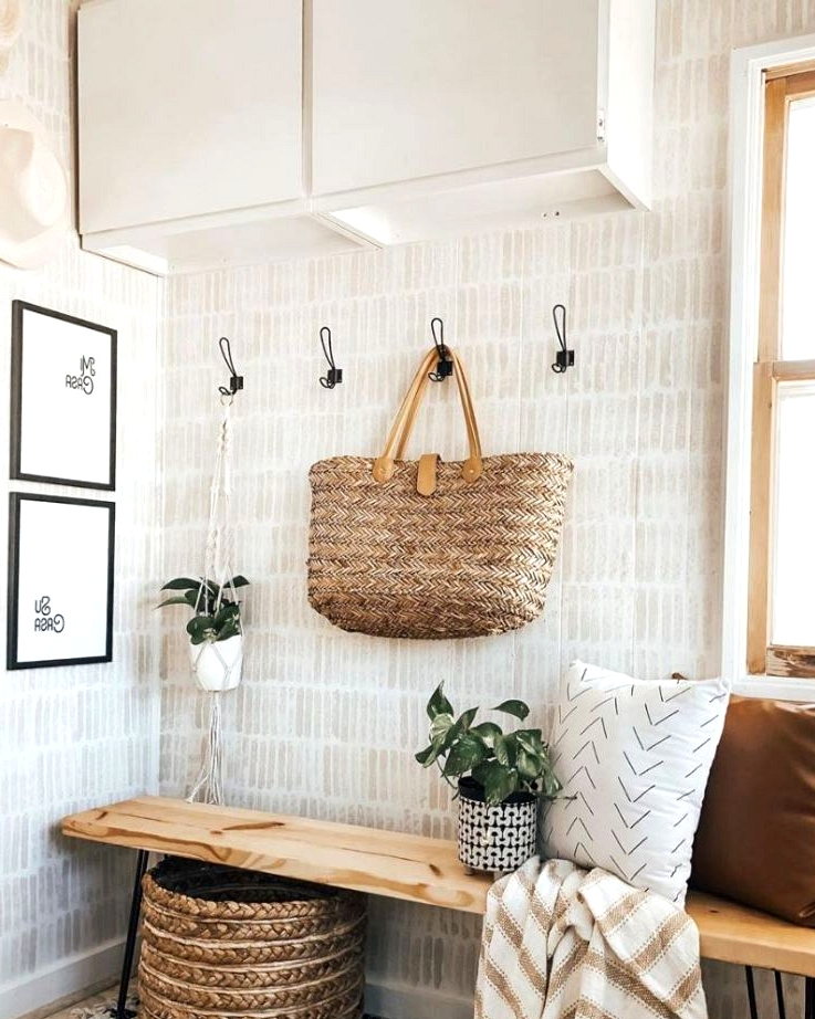 sponge paint DIY wallpaper idea
