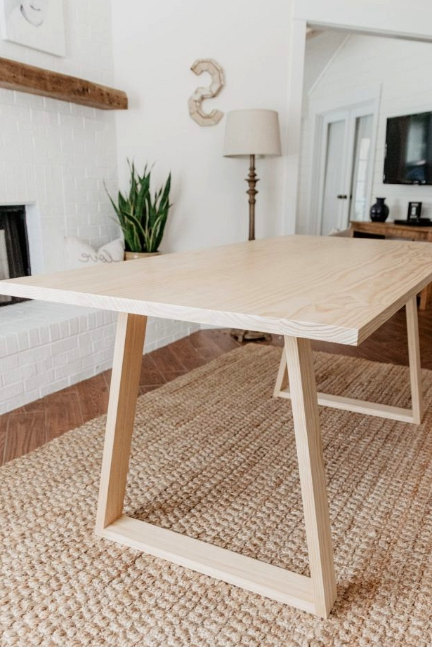 Modern DIY dining table idea perfect for a modern dining room