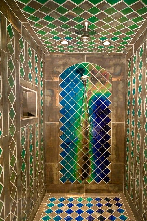 Peacock Tiles Are Glamorous and Cheerful