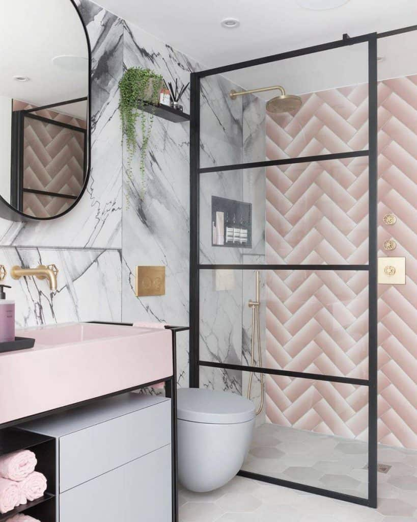 Stand Out With a Pink Chevron Style