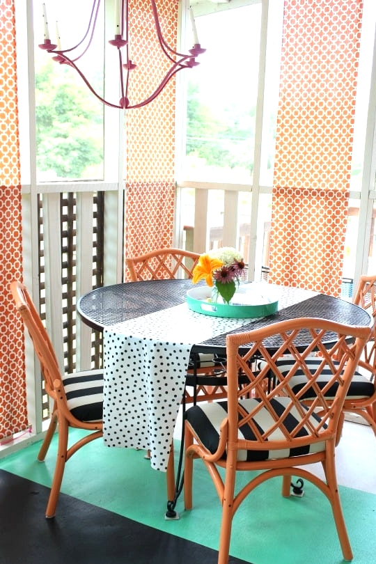 Paint the Floors and Furniture in Bright Colors