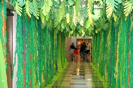 Create a Jungle Look