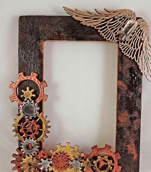 Try a Steampunk Photo Frame