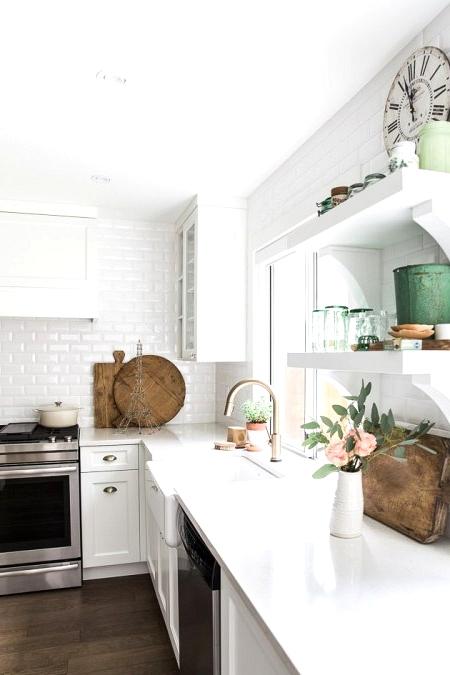White modern kitchen with farmhouse accents