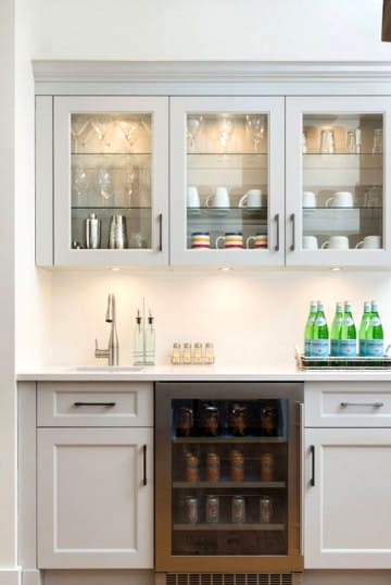 Paint Cabinets White for a Coastal and Relaxed Look