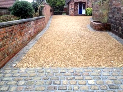 -Get-a-gravel-driveway