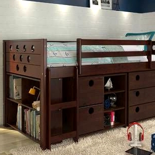 -A-loft-bed-with-storage