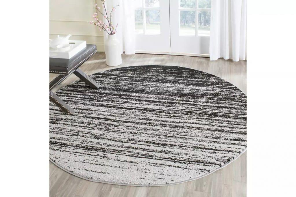 Put a Round Carpet in a Kitchen Corner