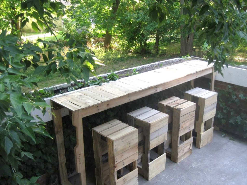 15 Superior DIY Patio Furnishings Concepts That Will Save You Critical Money