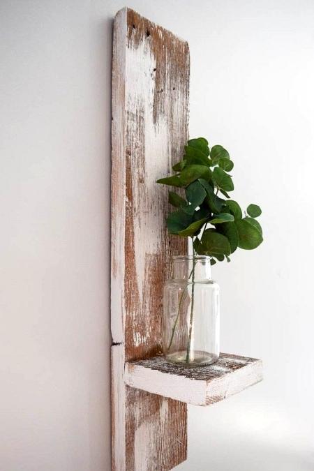 Reclaimed wood wall shelf DIY tutorial