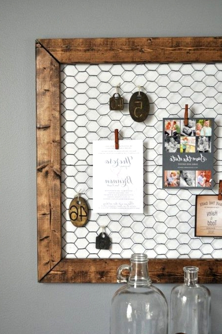 Easy DIY Farmhouse Memo Board