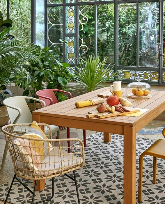 6 Pretty Rattan Armchairs for the Garden