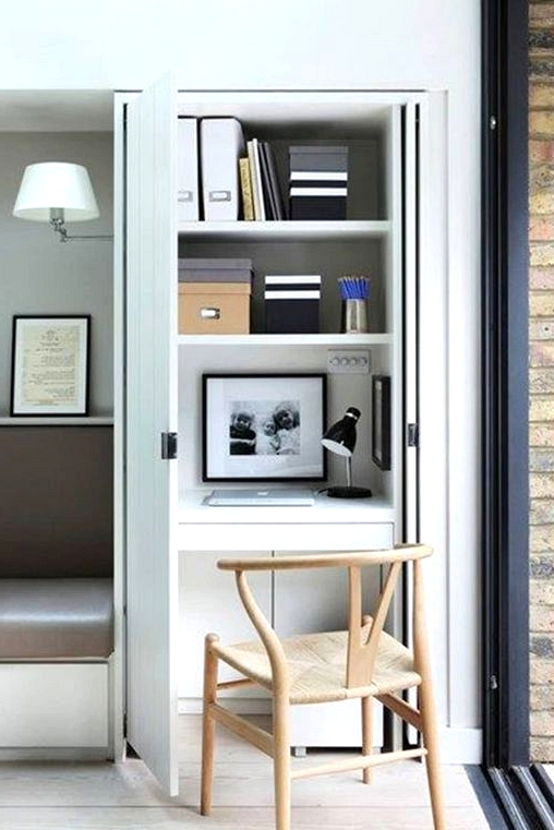 The perfect home office solution if you want to hide your desk clutter. Create your own closet home office!