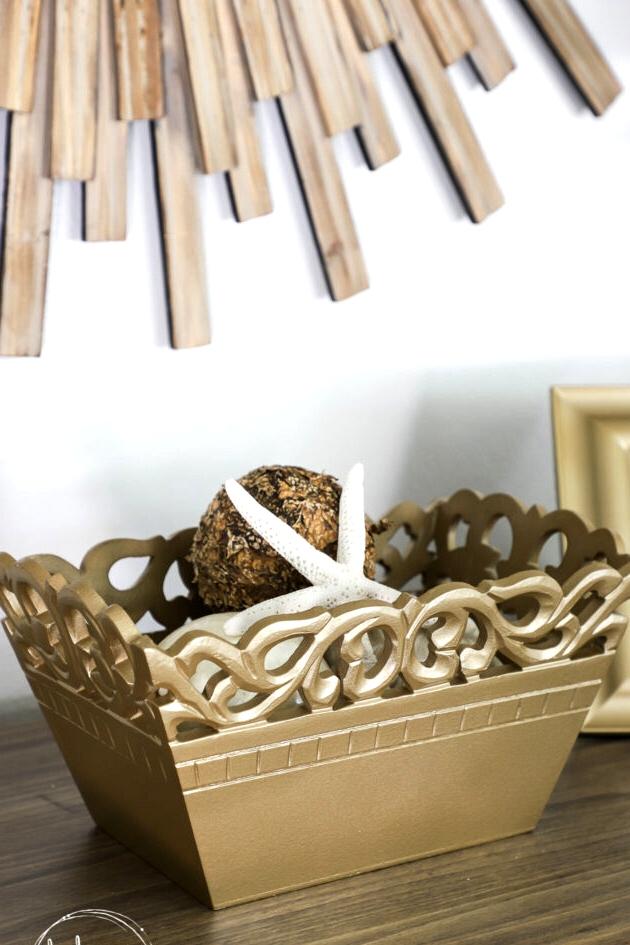 16 Genius DIY Thrift Store Decor Ideas To Craft For National Thriftshop Day