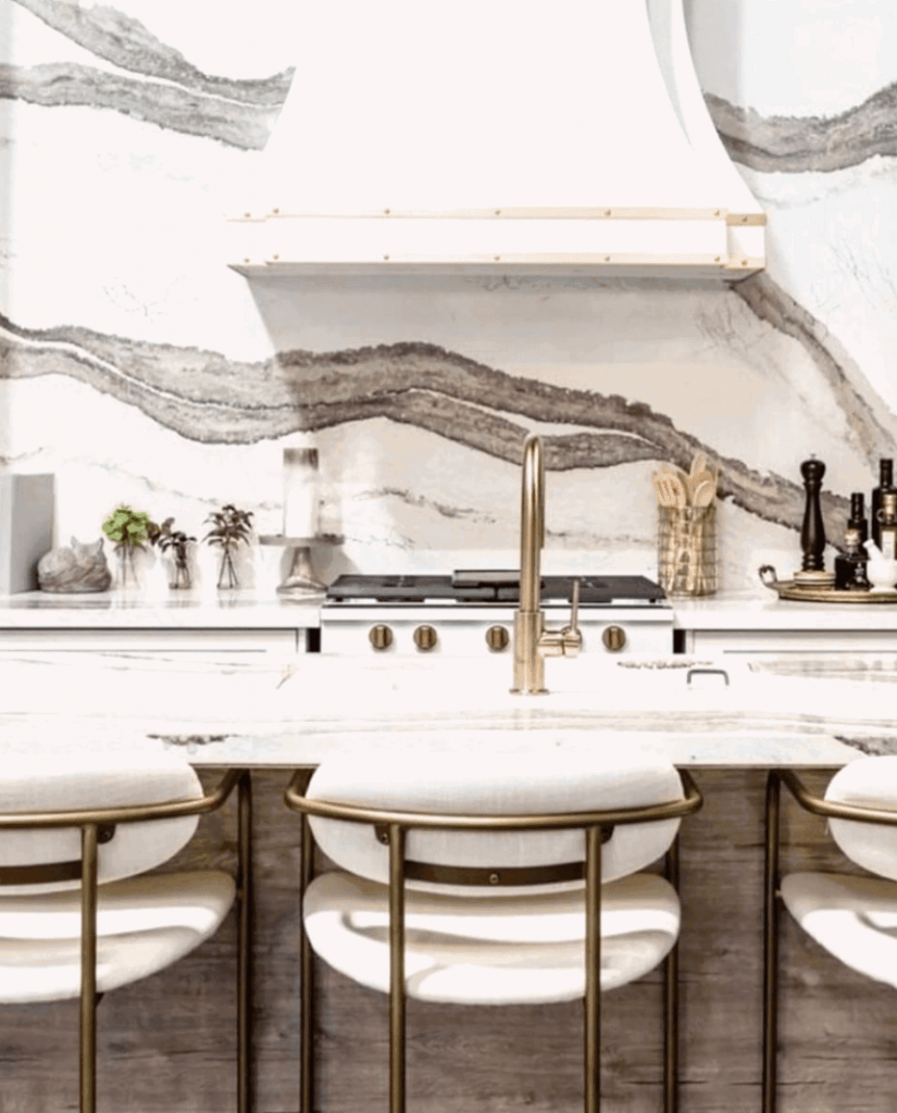 Fashionable Bar & Counter Stools To Improve Your Kitchen